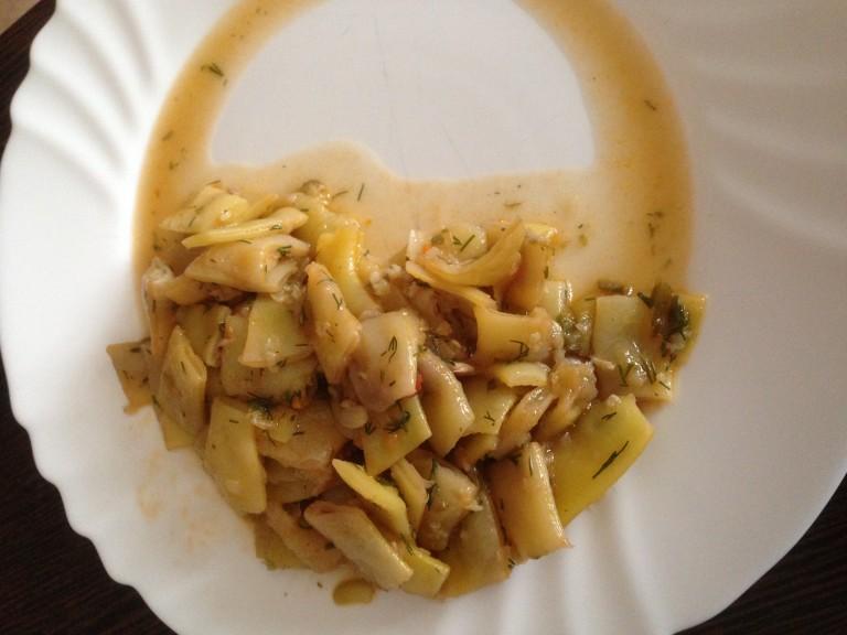 Fasole verde scăzută cu usturoi