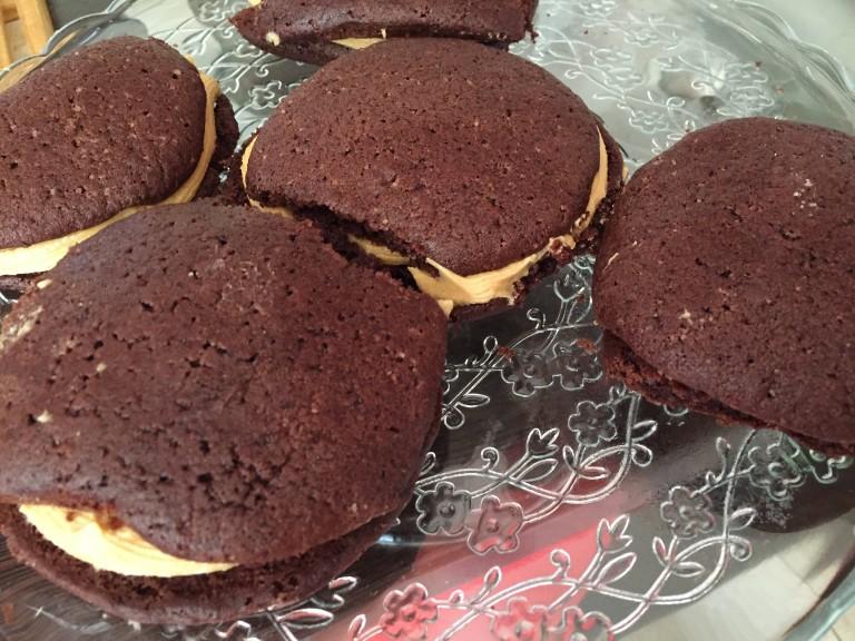Fursecuri de cioco cu cremă de unt de arahide